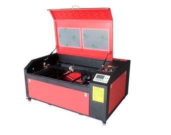 China 4500dpi Laser Engraving Cutting Machine 700mmx500mm 1500mm/S Max Moving supplier